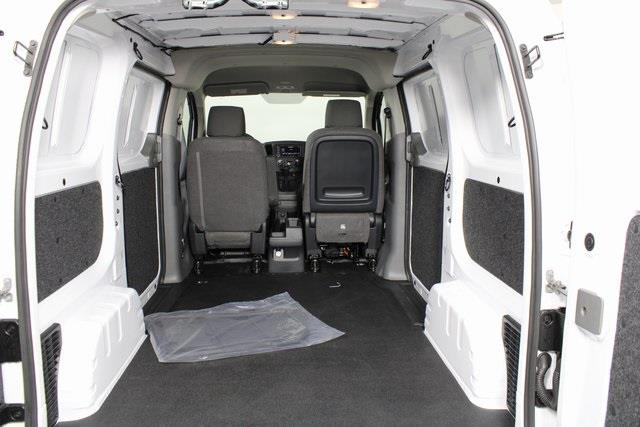 2021 Nissan NV200 4x2, Empty Cargo Van #DS690586 - photo 2
