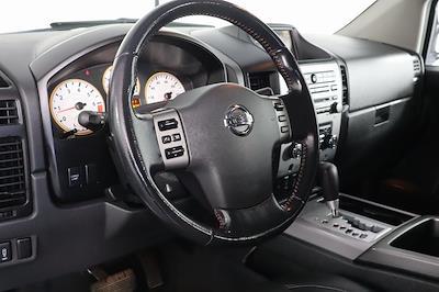 2011 Nissan Titan Crew Cab 4x4, Pickup #DX25200A - photo 12