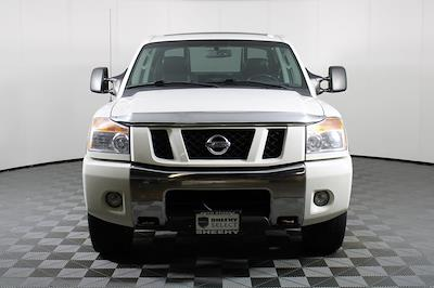 2011 Nissan Titan Crew Cab 4x4, Pickup #DX25200A - photo 2