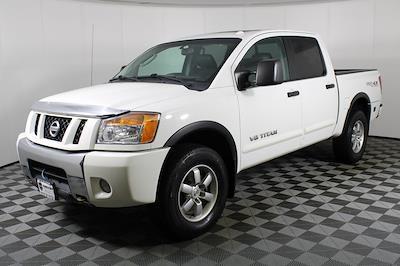 2011 Nissan Titan Crew Cab 4x4, Pickup #DX25200A - photo 4