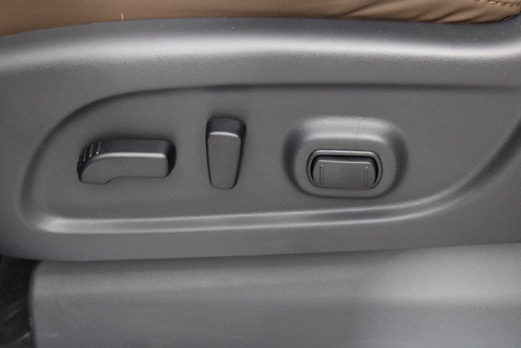 2021 Nissan Titan 4x4, Pickup #DX505079 - photo 15