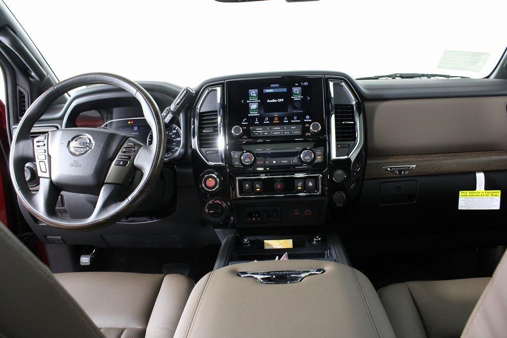 2021 Nissan Titan 4x4, Pickup #DX505079 - photo 17