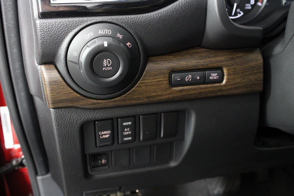 2021 Nissan Titan 4x4, Pickup #DX505079 - photo 31