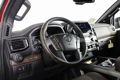 2021 Nissan Titan 4x4, Pickup #DX505079 - photo 13