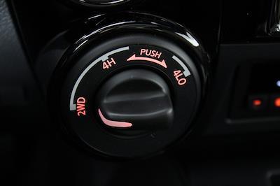 2021 Nissan Titan 4x4, Pickup #DX505079 - photo 22