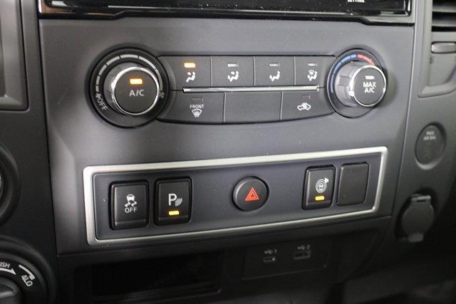 2021 Nissan Titan 4x4, Pickup #DX518092 - photo 14