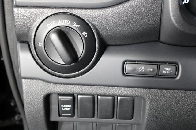2021 Nissan Titan 4x4, Pickup #DX518092 - photo 25