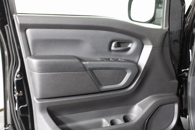 2021 Nissan Titan 4x4, Pickup #DX518092 - photo 8