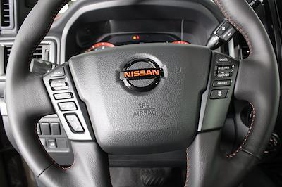 2021 Nissan Titan 4x4, Pickup #DX522715 - photo 20