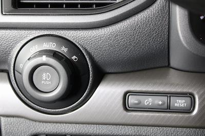 2021 Nissan Titan 4x4, Pickup #DX522715 - photo 23