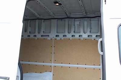 2021 Nissan NV3500 4x2, Empty Cargo Van #DX805028 - photo 2