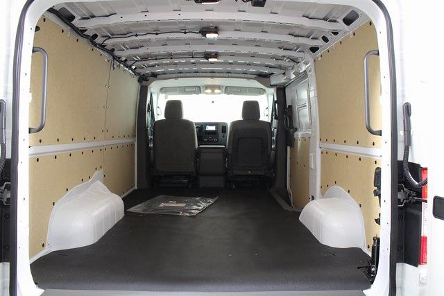 2021 Nissan NV2500 4x2, Empty Cargo Van #DX805674 - photo 2