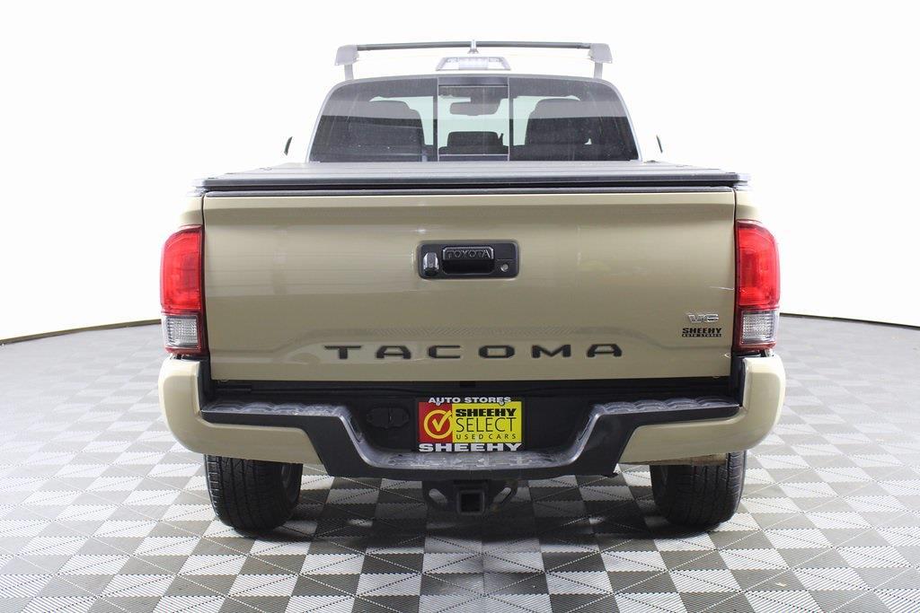 2018 Toyota Tacoma Double Cab 4x4, Pickup #DZ14107 - photo 6