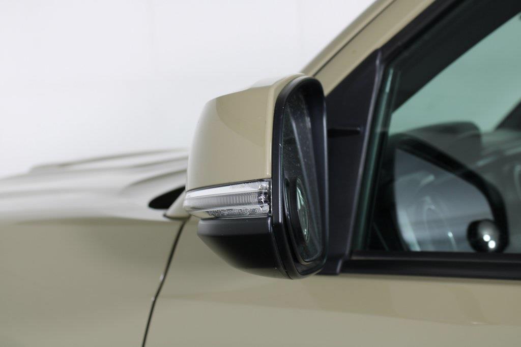 2018 Toyota Tacoma Double Cab 4x4, Pickup #DZ14107 - photo 9