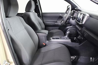 2018 Toyota Tacoma Double Cab 4x4, Pickup #DZ14107 - photo 17