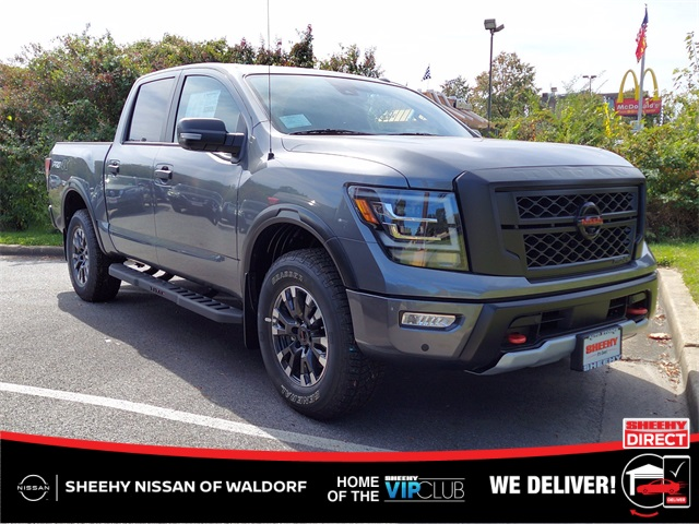 2021 Nissan Titan 4x4, Pickup #K500587 - photo 1