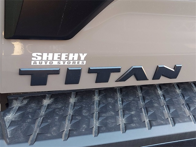 2021 Nissan Titan 4x4, Pickup #K502552 - photo 10