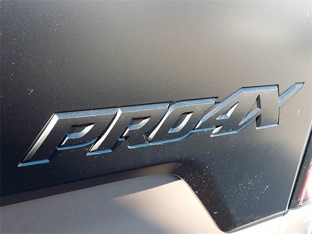 2021 Nissan Titan 4x4, Pickup #K502552 - photo 11