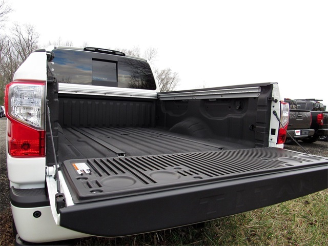 2019 Titan XD Crew Cab,  Pickup #K512343 - photo 26