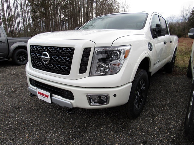2019 Titan XD Crew Cab,  Pickup #K512343 - photo 4
