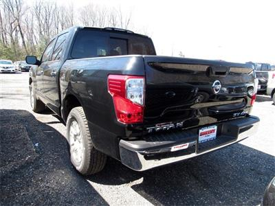 2019 Titan Crew Cab 4x4, Pickup #K515990 - photo 5