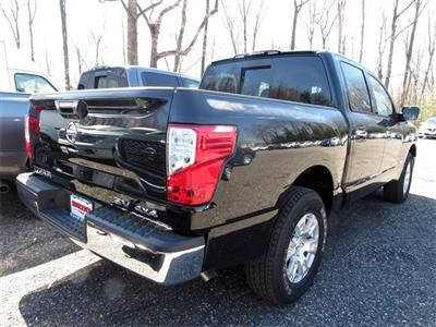 2019 Titan Crew Cab 4x4, Pickup #K515990 - photo 2