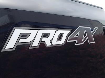 2021 Nissan Titan 4x4, Pickup #K523228 - photo 9
