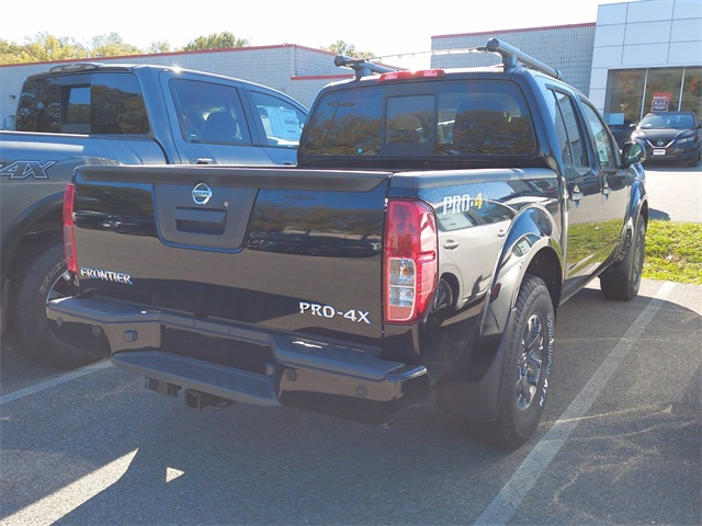 2020 Nissan Frontier Crew Cab 4x4, Pickup #K708521 - photo 2