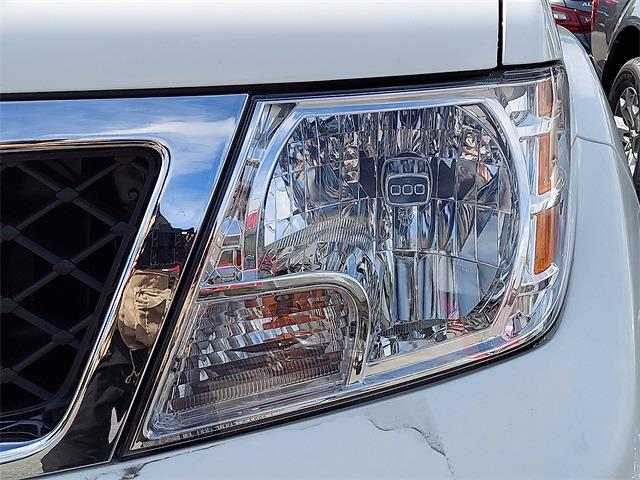 2021 Frontier 4x4,  Pickup #K713373 - photo 5