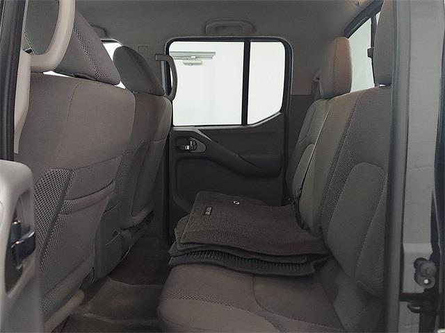 2017 Nissan Frontier Crew Cab 4x4, Pickup #K727443C - photo 11