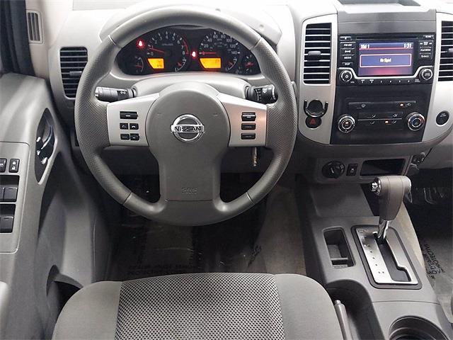 2017 Nissan Frontier Crew Cab 4x4, Pickup #K727443C - photo 12