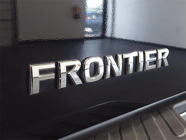 2017 Nissan Frontier Crew Cab 4x4, Pickup #K727443C - photo 26