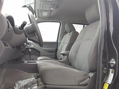 2017 Nissan Frontier Crew Cab 4x4, Pickup #K727443C - photo 14