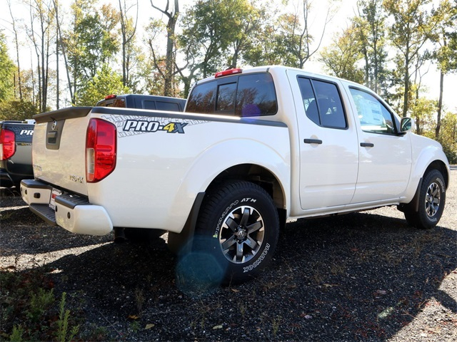 2019 Frontier Crew Cab 4x4, Pickup #K795325 - photo 1