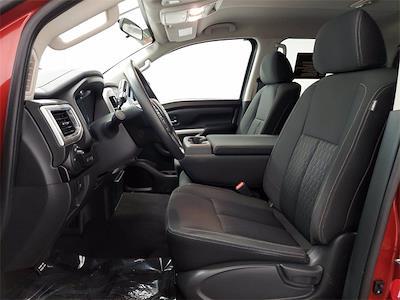 2018 Titan Crew Cab 4x4,  Pickup #KDP4325 - photo 16