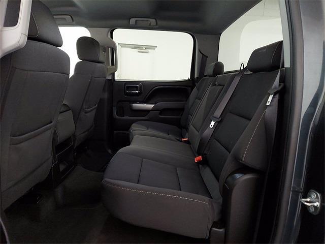2017 Chevrolet Silverado 1500 Crew Cab 4x4, Pickup #KR8529 - photo 10