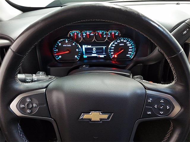 2017 Chevrolet Silverado 1500 Crew Cab 4x4, Pickup #KR8529 - photo 18