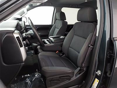 2017 Chevrolet Silverado 1500 Crew Cab 4x4, Pickup #KR8529 - photo 13