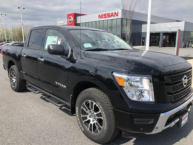 2021 Nissan Titan 4x4, Pickup #U501751 - photo 1