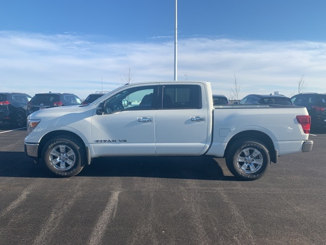 2019 Titan Crew Cab 4x4,  Pickup #U502233 - photo 5
