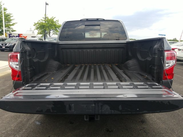2019 Titan Crew Cab 4x4,  Pickup #U502362 - photo 10