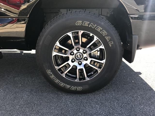 2021 Nissan Titan 4x4, Pickup #U502536 - photo 9