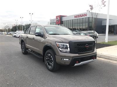 2021 Nissan Titan 4x4, Pickup #U502552 - photo 1