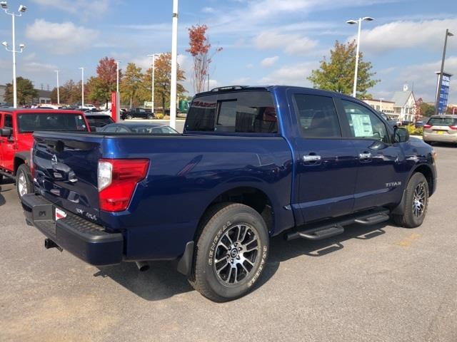 2021 Nissan Titan 4x4, Pickup #U502614 - photo 2