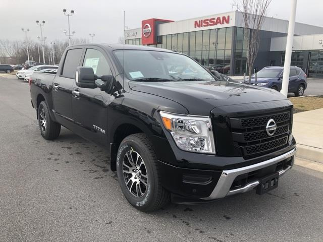 2021 Nissan Titan 4x4, Pickup #U507674 - photo 1