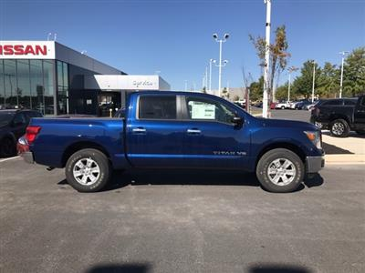 2019 Titan Crew Cab 4x4,  Pickup #U508314 - photo 3