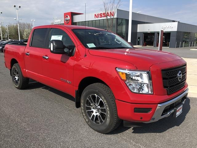 2021 Nissan Titan 4x4, Pickup #U511168 - photo 1