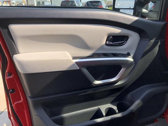 2021 Nissan Titan 4x4, Pickup #U511168 - photo 13