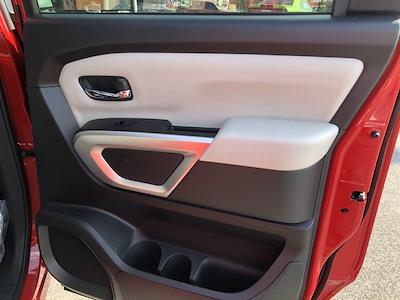 2021 Nissan Titan 4x4, Pickup #U511168 - photo 17