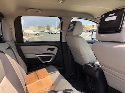 2021 Nissan Titan 4x4, Pickup #U511168 - photo 18